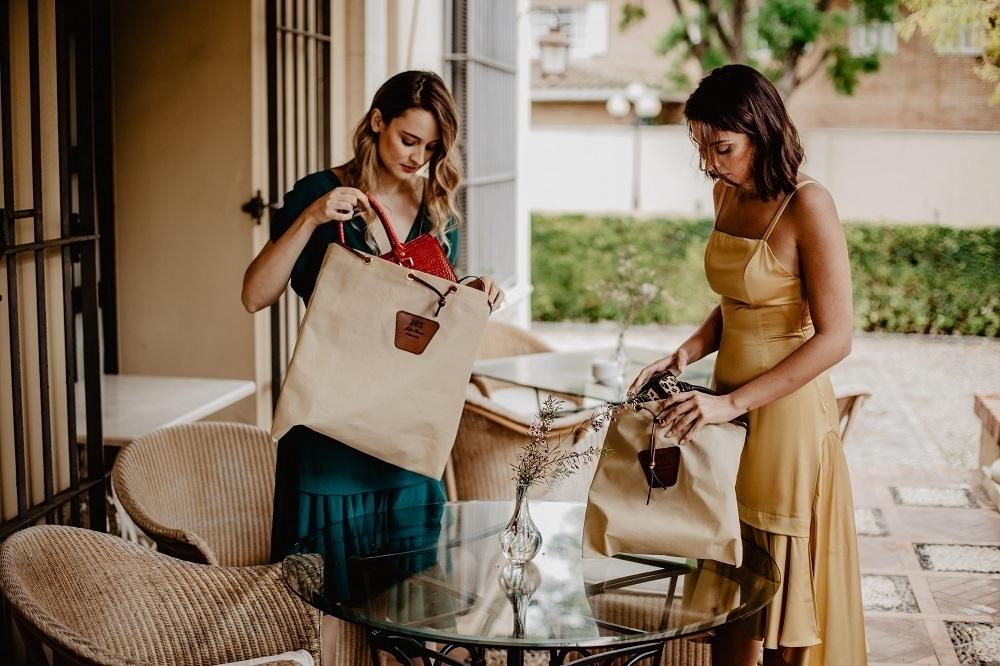 sacs en cuir faits à la main