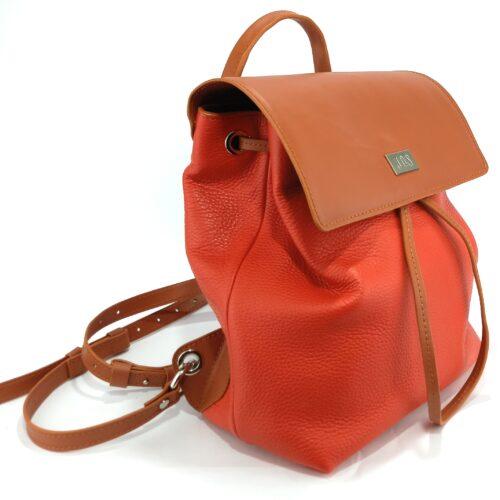 mochilas de piel roja
